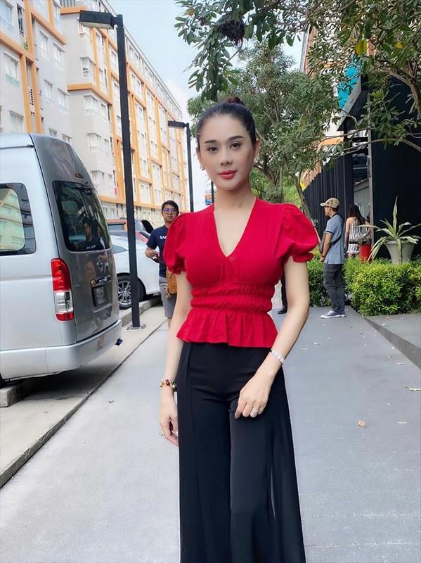 Bi quyet gi giup Lam Khanh Chi co lan da tre trung nhu gai doi muoi-Hinh-5