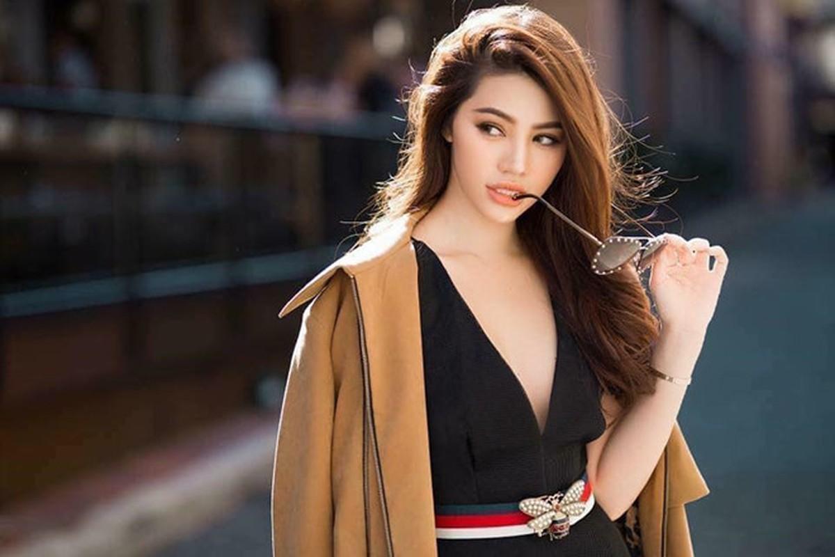 """Choang ngop gu thoi trang sang chanh cua Hoa hau """"con nha giau"""" Jolie Nguyen"""