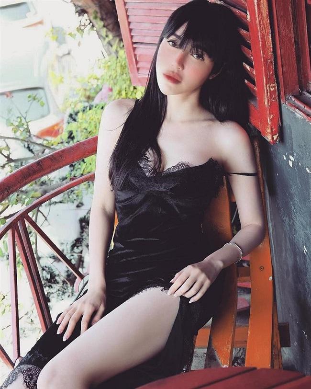 Loat vay day la loi tuong sap roi cua Elly Tran, Nha Phuong-Hinh-3