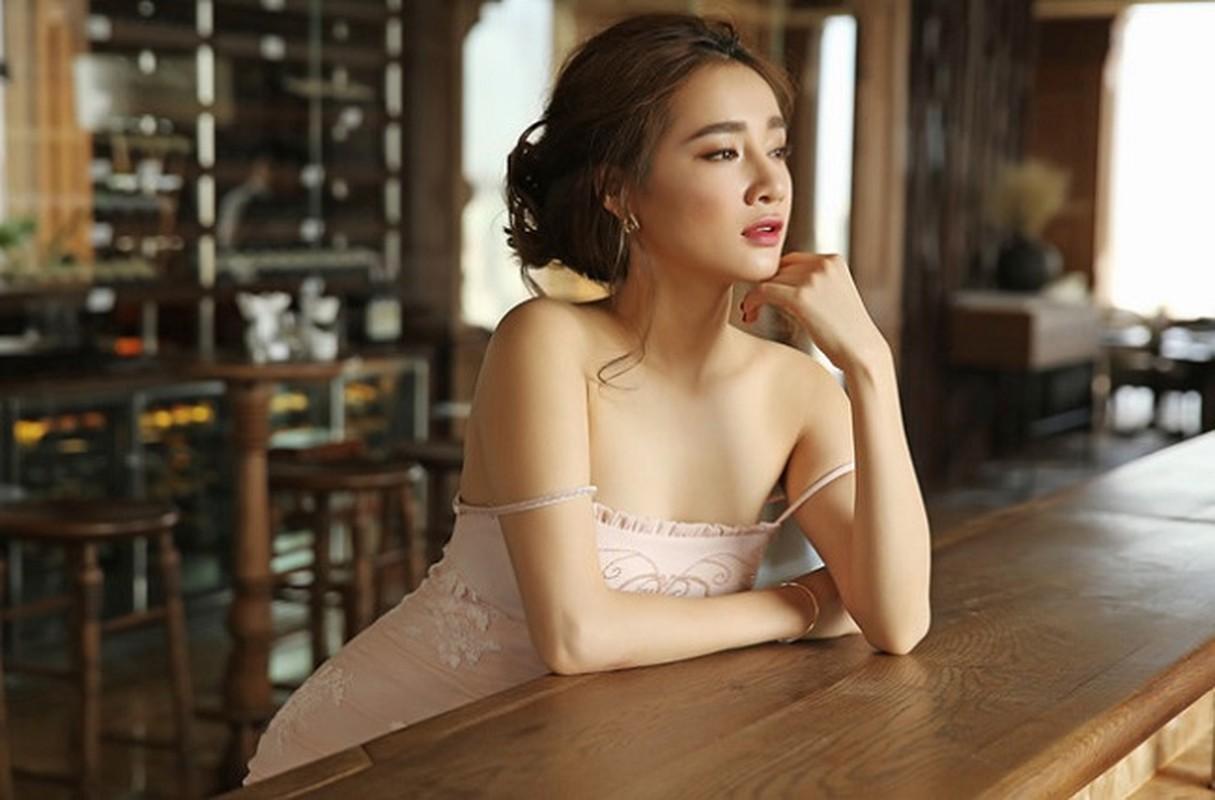 Loat vay day la loi tuong sap roi cua Elly Tran, Nha Phuong-Hinh-8