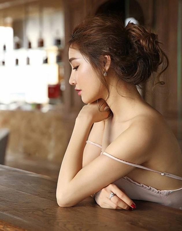 Loat vay day la loi tuong sap roi cua Elly Tran, Nha Phuong-Hinh-9