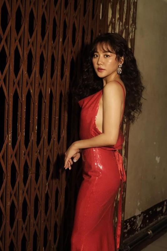 Van Mai Huong ngay cang chuong gu thoi trang nong bong, goi cam-Hinh-6
