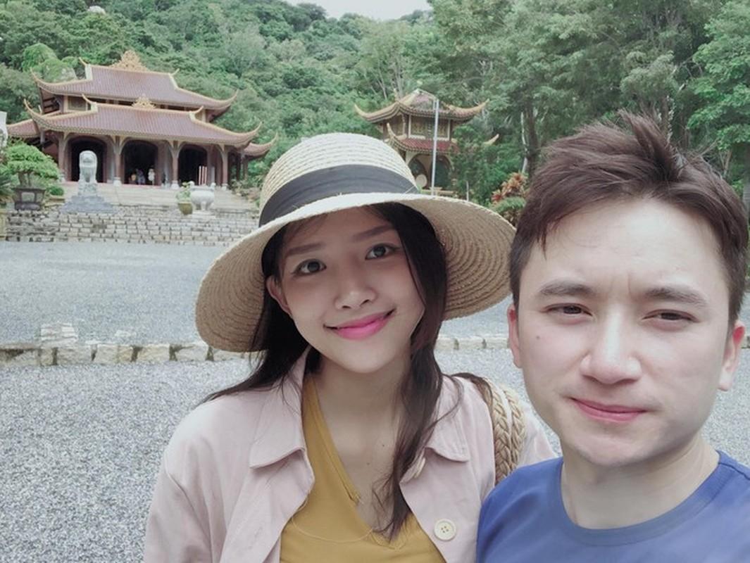 """Bi an"" dang sau lan da mat moc min mang cua vo chua cuoi Phan Manh Quynh-Hinh-4"