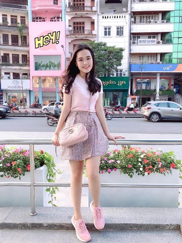 Khong ngo vo cau thu Duy Manh ngoai doi an mac sang chanh den vay-Hinh-7