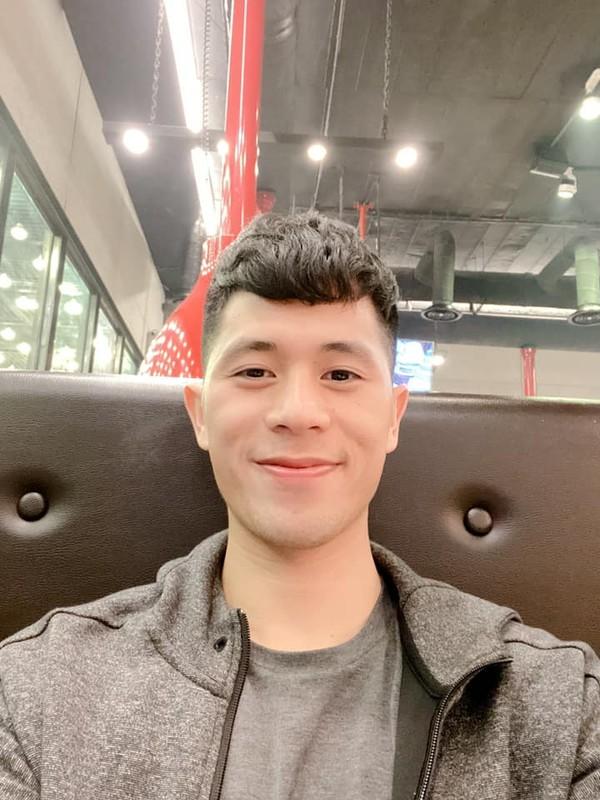 "An tuong kieu toc moi don Tet ""chat choi"" cua cau thu Van Toan, Dinh Trong-Hinh-4"