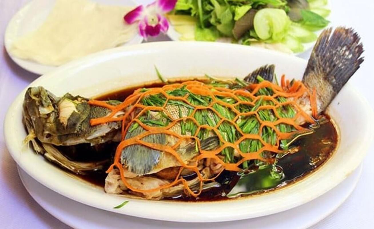 Thuc don toan nhung mon thuan Viet trong dam cuoi Phan Van Duc-Hinh-7