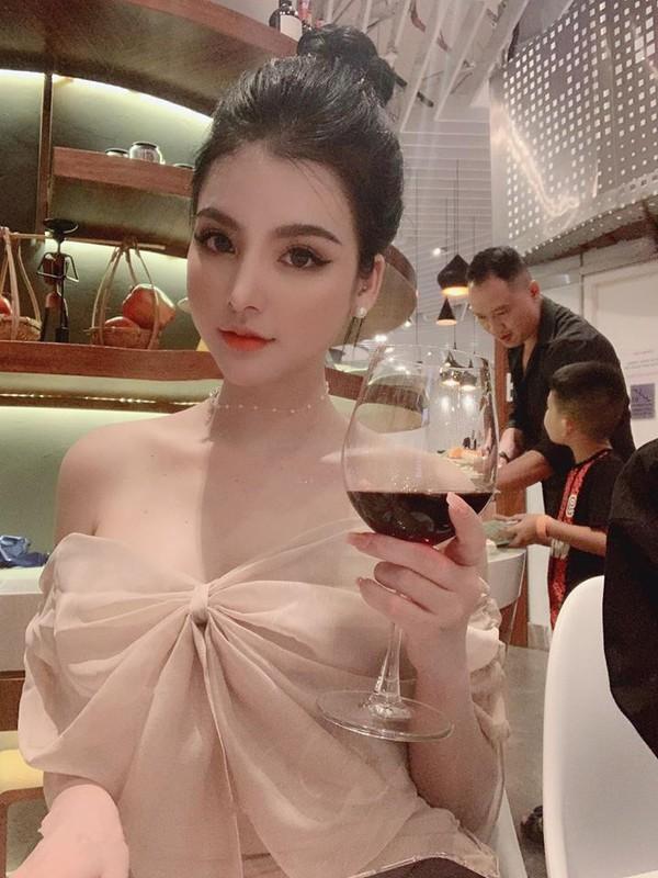 A hau Viet noi nho con tren bao Trung an mac cuc goi cam-Hinh-6