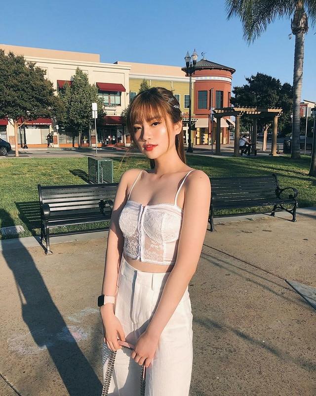 Nang hot girl lai Phap gay sot tren dat My vi cach an mac cuc sexy-Hinh-6