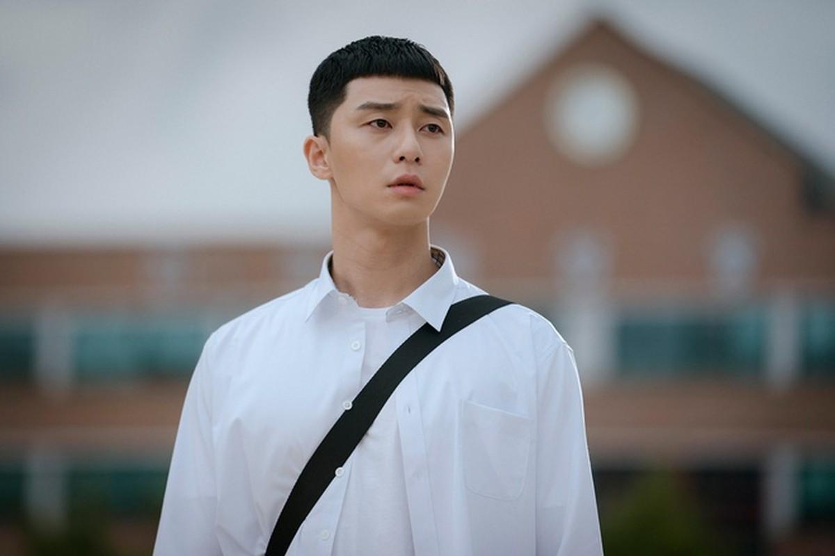 """""""Cuoi ngat"""" sao Viet bat trend kieu toc ngo tau cua Park Seo Joon """"'Tang lop Itaewon""""-Hinh-2"""