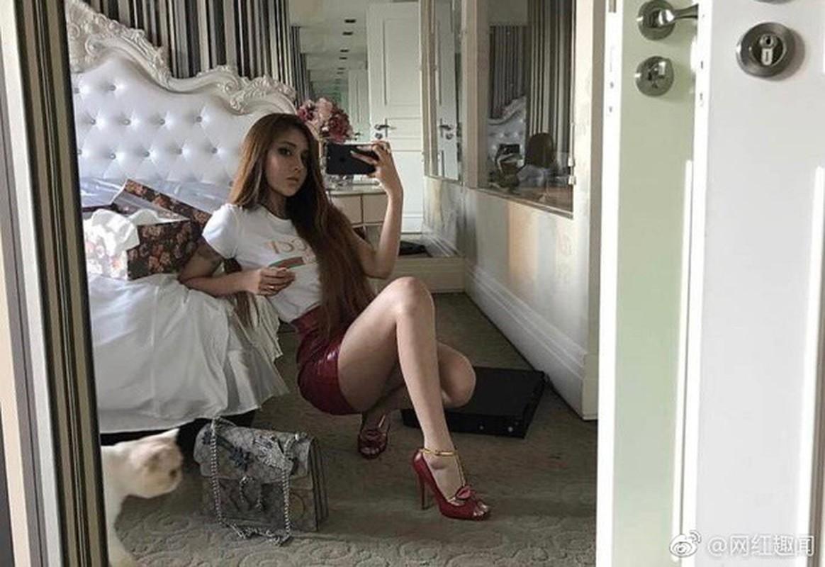 "Nhan sac bong nhien xinh dep nho tham my cua ""hot girl mat ran"" Trung Quoc-Hinh-10"