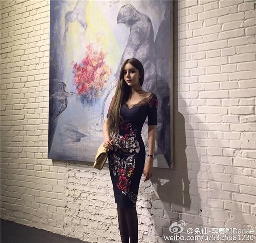 "Nhan sac bong nhien xinh dep nho tham my cua ""hot girl mat ran"" Trung Quoc-Hinh-12"