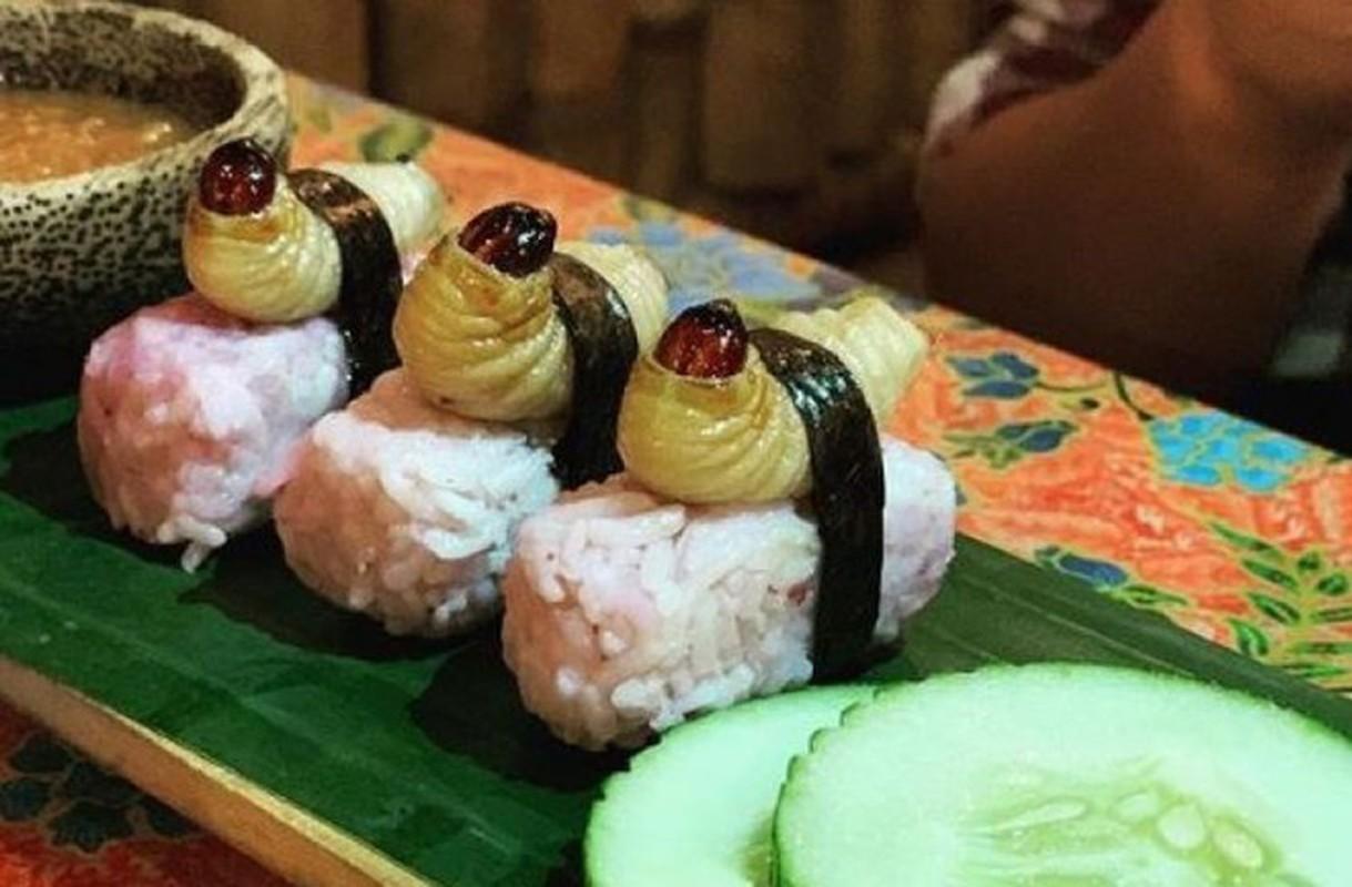 Rung minh voi mon sushi duong dua kinh di o Malaysia-Hinh-6