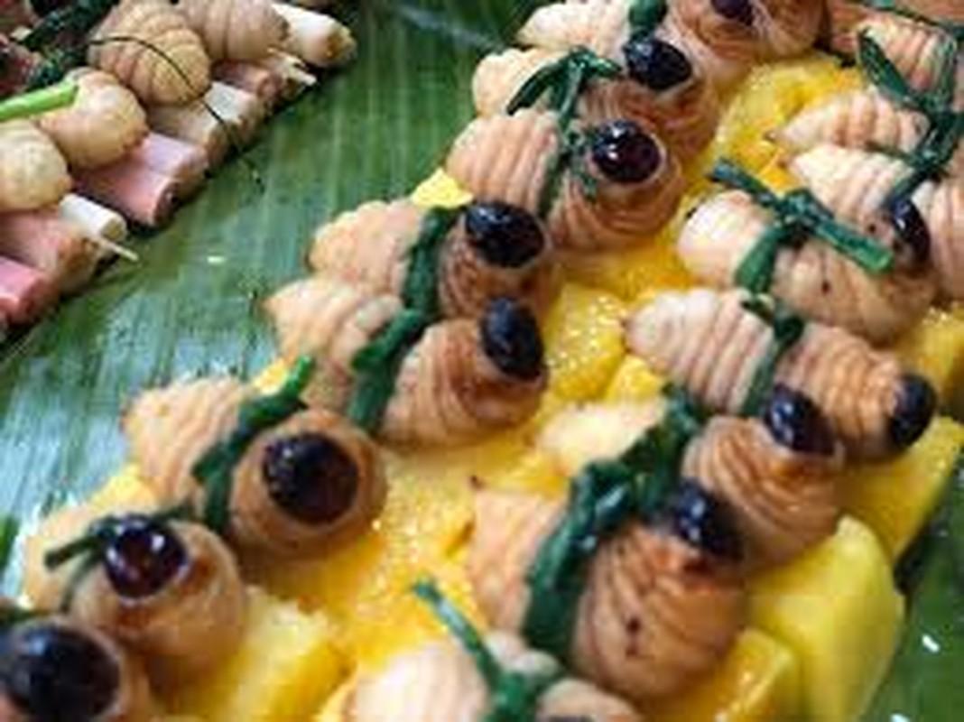 Rung minh voi mon sushi duong dua kinh di o Malaysia-Hinh-8