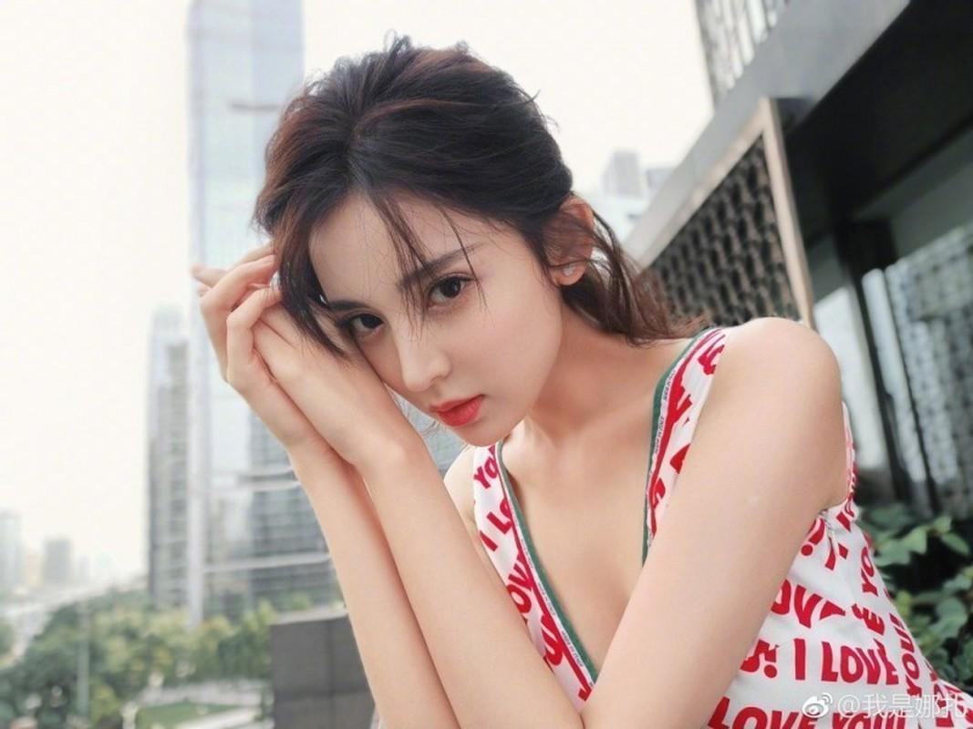 """""""Nhuc mat"""" gu thoi trang goi cam cua """"my nhan Tan Cuong"""" Co Luc Na Trat-Hinh-8"""