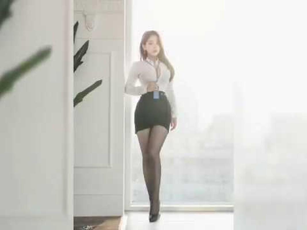 """Co thu ky nong bong"" Han Quoc chuong mot mac so mi bung cuc ""nhuc mat""-Hinh-3"