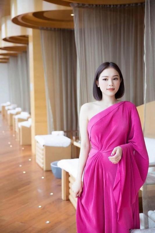 Linh Rin, ban gai cua em chong Ha Tang an mac cuc ky sang chanh-Hinh-8