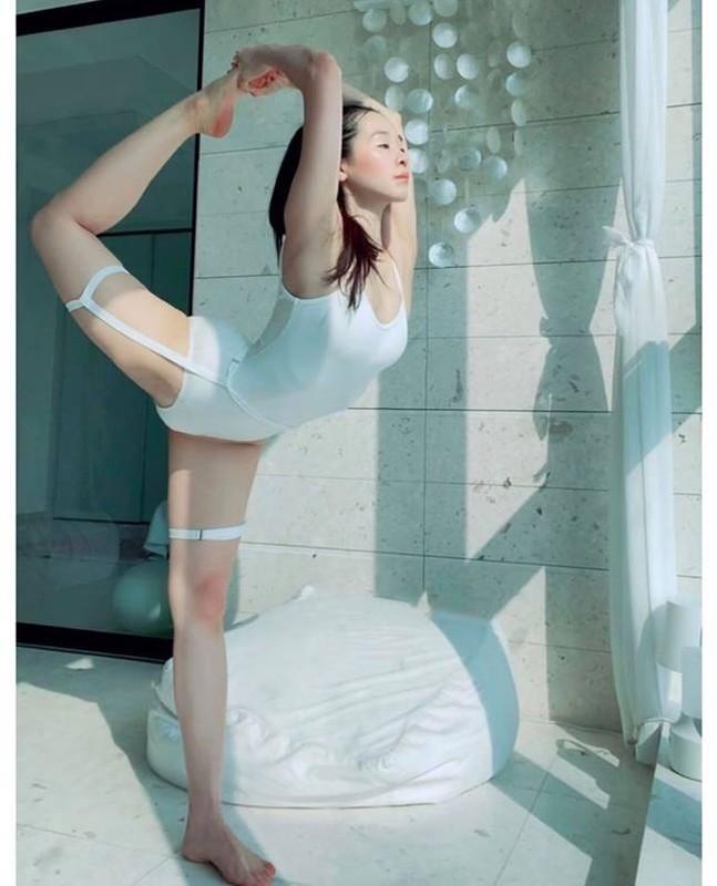 "Tu the yoga goi cam cua my nhan Han khien fan ""xit mau mui""-Hinh-7"