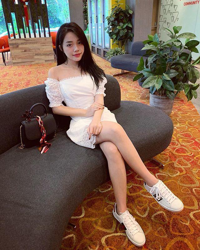 Gu thoi trang goi cam cua nu game thu Viet che luong 400 trieu/thang-Hinh-6