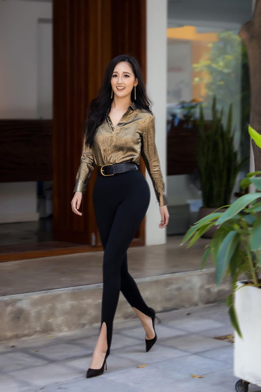 "Mai Phuong Thuy an mac goi cam khoe vong ba ""khung"" 105cm-Hinh-2"