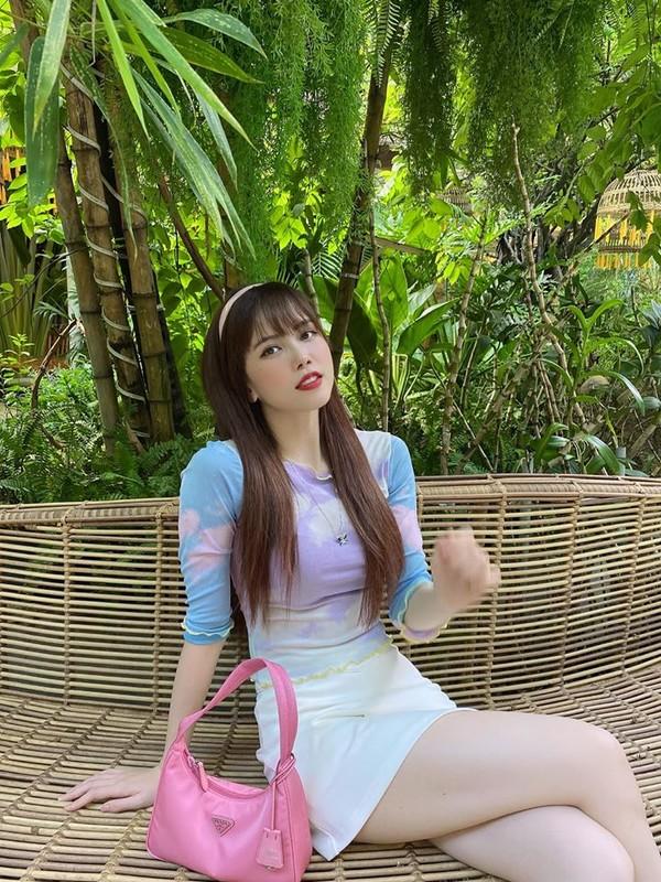 Ban gai tin don Son Tung MTP ngoai doi an mac nong bong ra sao?-Hinh-4