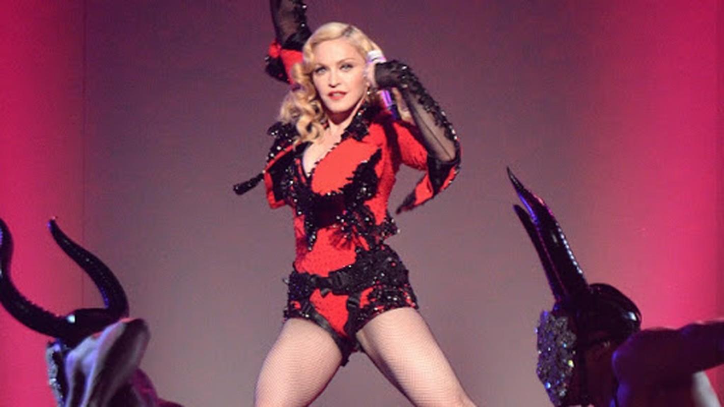 Diva Madonna luon giu voc dang nong bong ben nguoi tinh kem 36 tuoi-Hinh-10