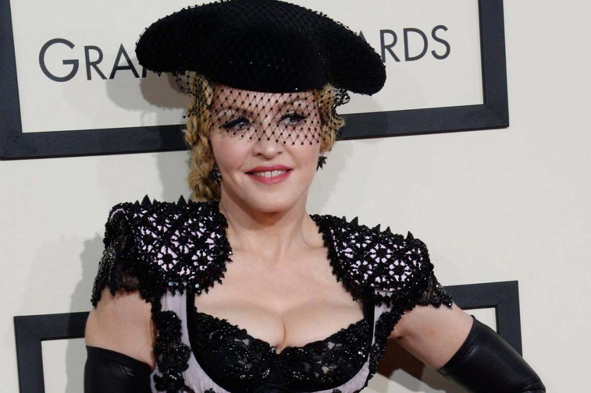 Diva Madonna luon giu voc dang nong bong ben nguoi tinh kem 36 tuoi-Hinh-2