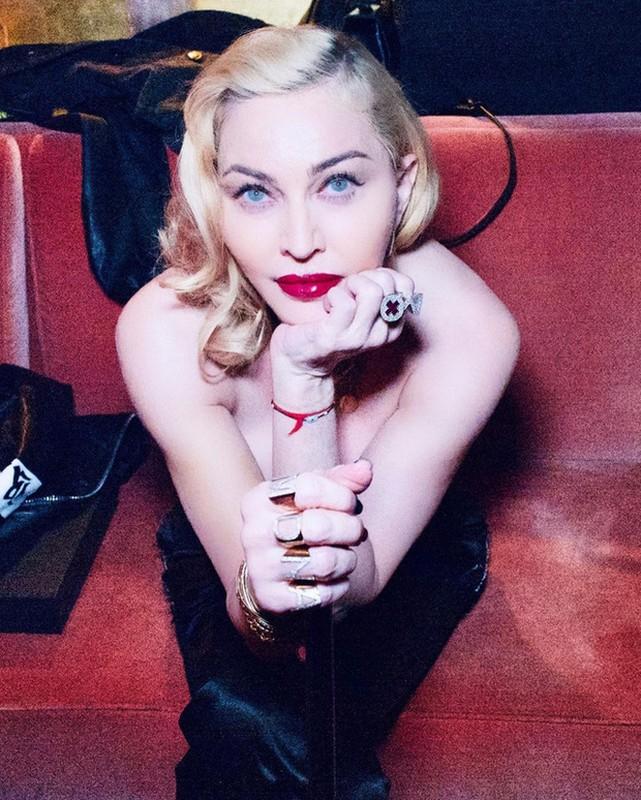 Diva Madonna luon giu voc dang nong bong ben nguoi tinh kem 36 tuoi-Hinh-9
