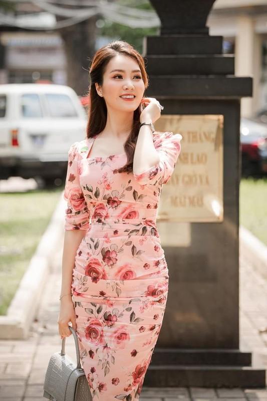 Ngam gu thoi trang sang trong va quyen ru cua A hau Thuy Van-Hinh-9