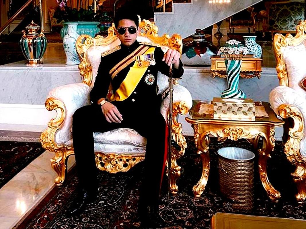 Ngam gu thoi trang nam tinh cua Hoang tu Brunei vua dang tuyen vo-Hinh-3
