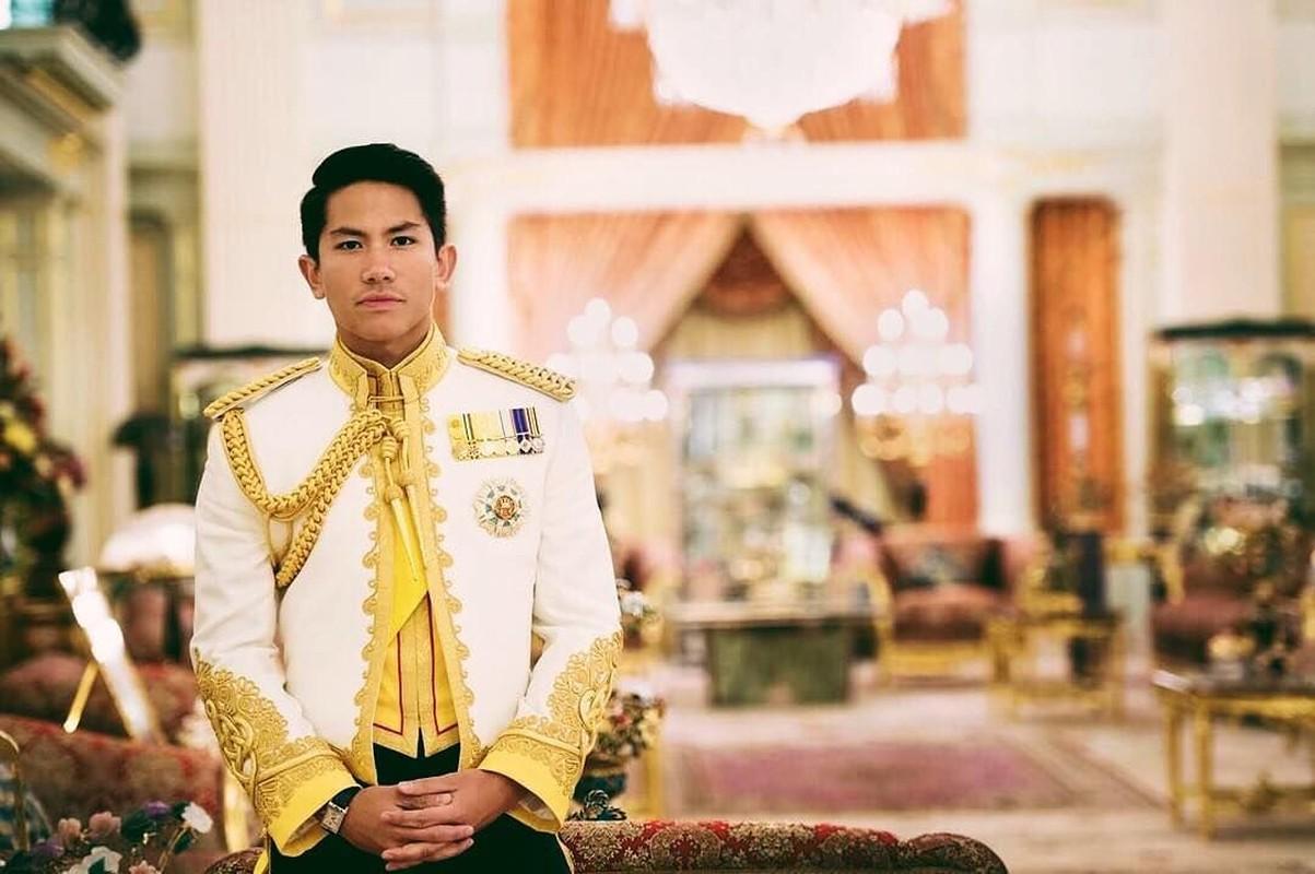 Ngam gu thoi trang nam tinh cua Hoang tu Brunei vua dang tuyen vo