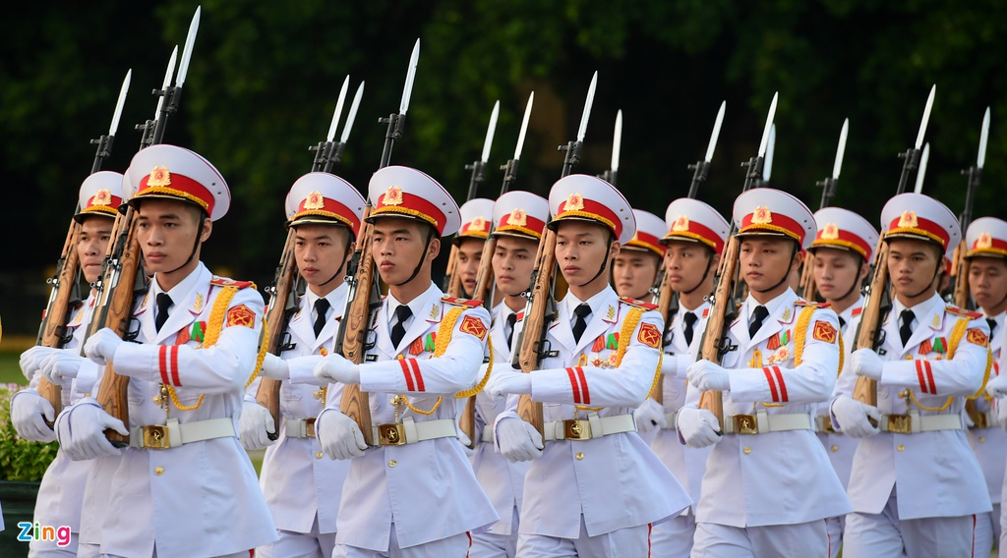 Le thuong co mung Quoc khanh o Lang Chu tich Ho Chi Minh-Hinh-2