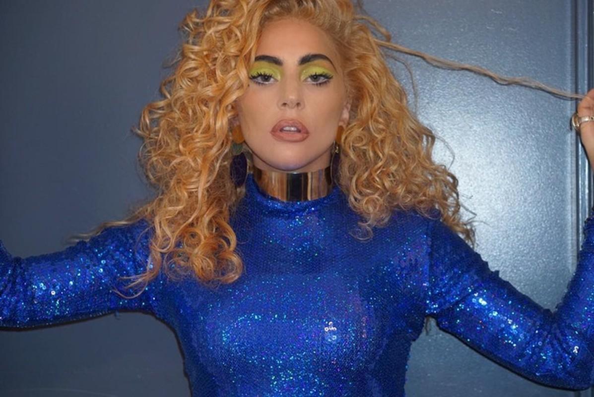 """Khan gia """"tron mat"""" boi nhung mau toc nhuom noi bat cua Lady Gaga-Hinh-8"""