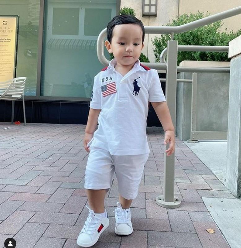 Con trai Pham Huong be ti nhung me cho an mac sanh dieu vo cung-Hinh-5