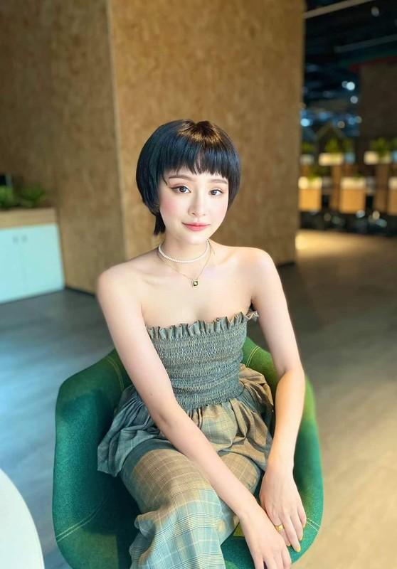Nhung kieu phoi ao quay sexy duoc sao Viet yeu thich-Hinh-2
