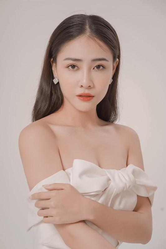 "Gu thoi trang goi cam cua my nhan 10X hot nhat phim ""Gai ngan do""-Hinh-5"