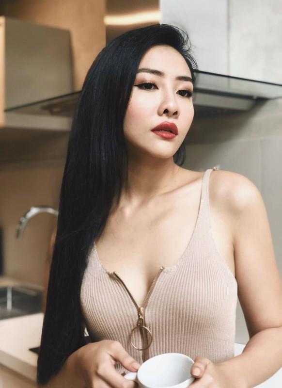 "Gu thoi trang goi cam cua my nhan 10X hot nhat phim ""Gai ngan do""-Hinh-8"