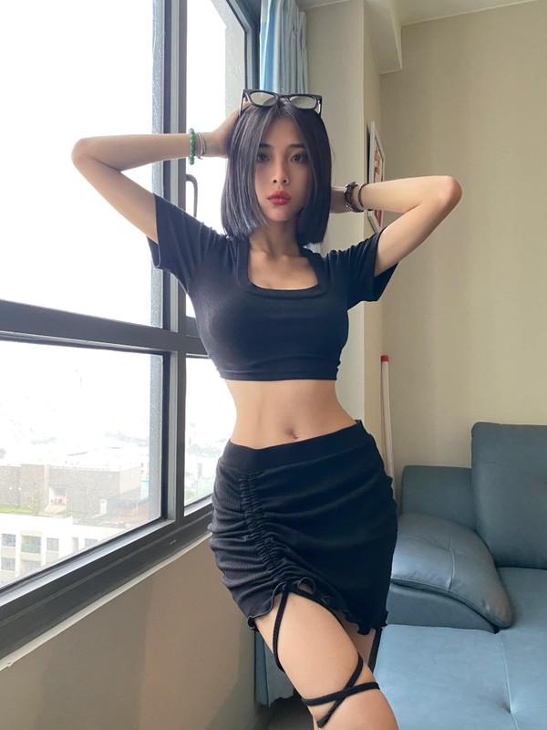 Gu thoi trang cuc sexy cua hot girl Sai Gon so huu vong eo 51cm-Hinh-10