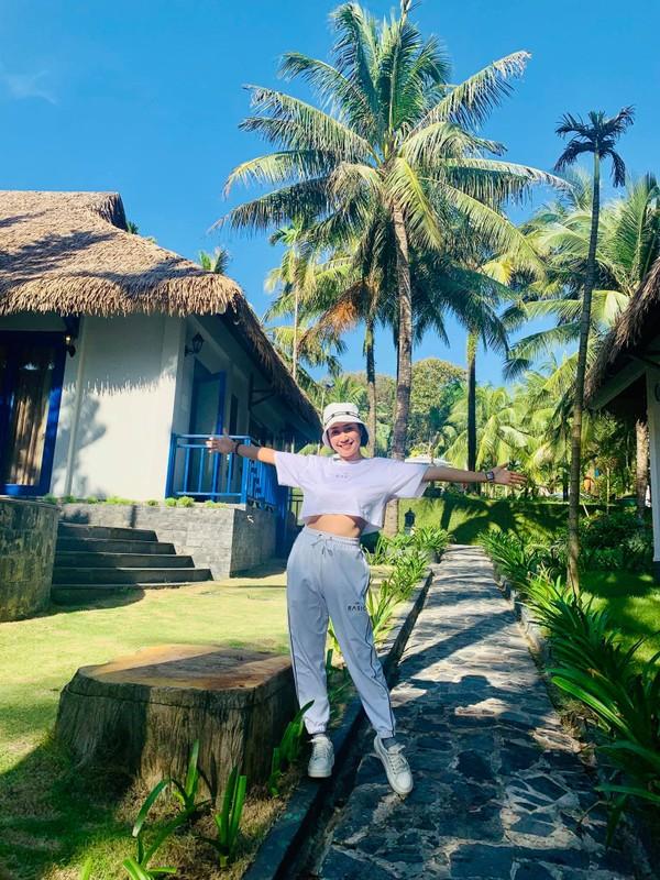Me 3 con Oc Thanh Van giu voc dang nong bong nho yoga-Hinh-12