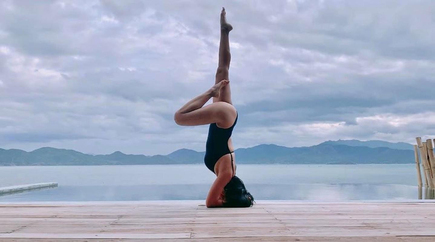 Me 3 con Oc Thanh Van giu voc dang nong bong nho yoga-Hinh-7