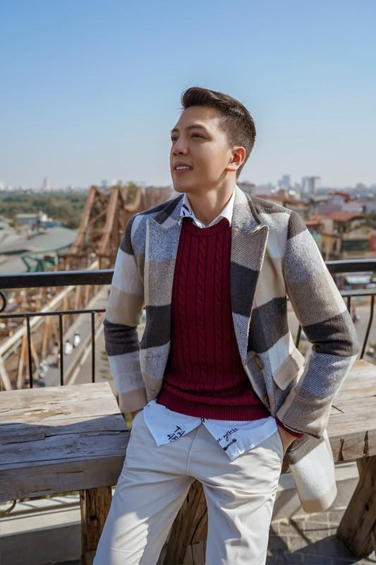 "Chang bac si 1m8 gay an tuong voi gu thoi trang ""chat lu""-Hinh-3"