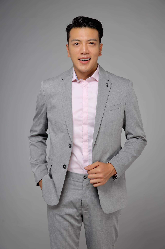 "Chang bac si 1m8 gay an tuong voi gu thoi trang ""chat lu""-Hinh-5"