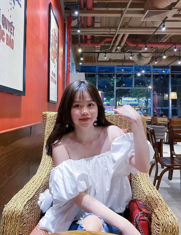 Gu thoi trang sanh dieu cua Huynh Anh, ban gai cu Quang Hai-Hinh-4