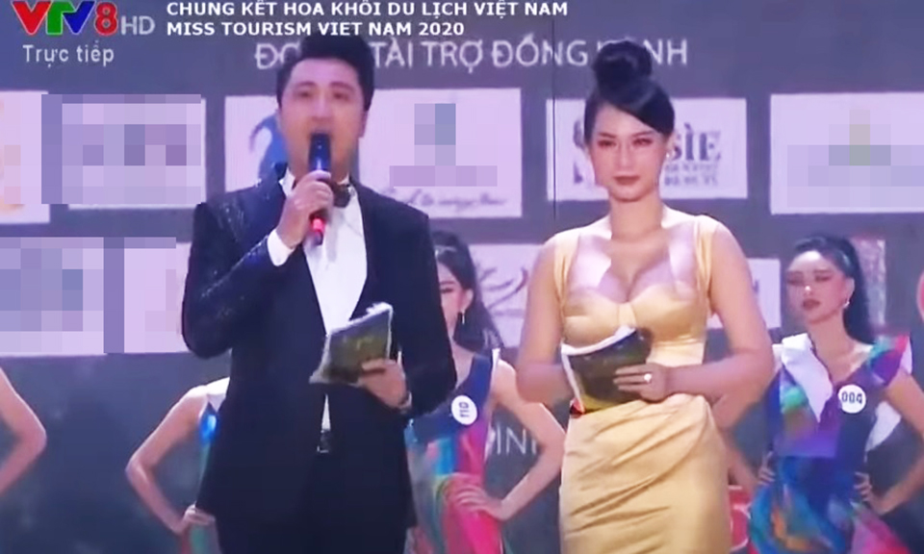 """Nhung my nhan Viet gay """"nhuc mat"""" vi mac ho bao khi lam MC-Hinh-4"""