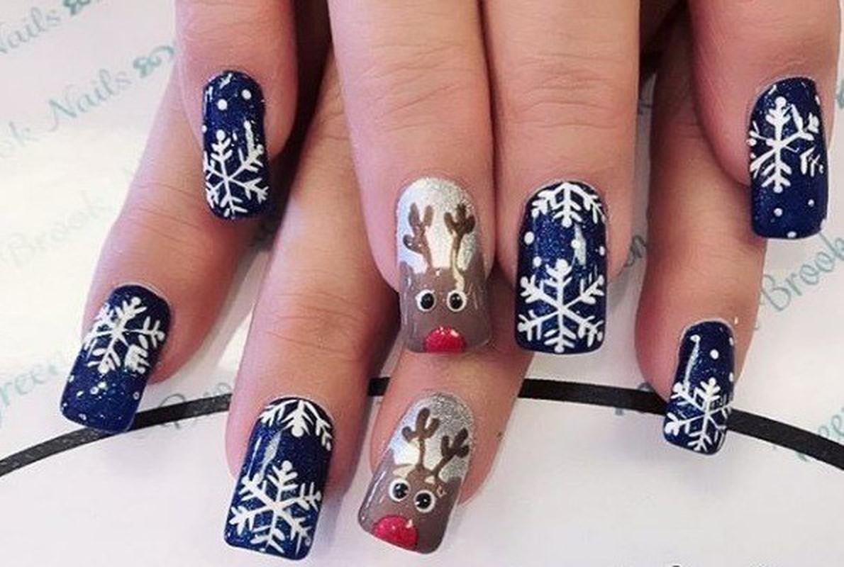 Goi y loat mau nail Noel cuc xinh cho chi em di choi-Hinh-9