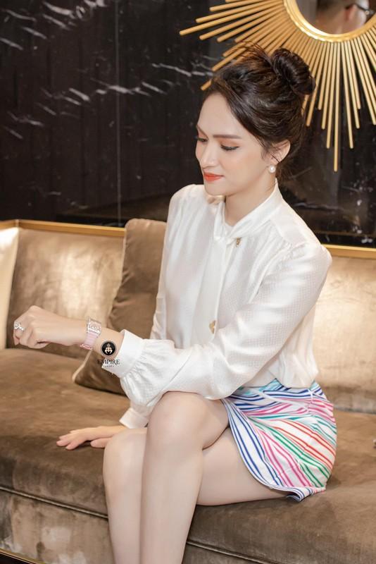 Hoc cach phoi do cong so thanh lich nhu hoa hau Huong Giang-Hinh-7
