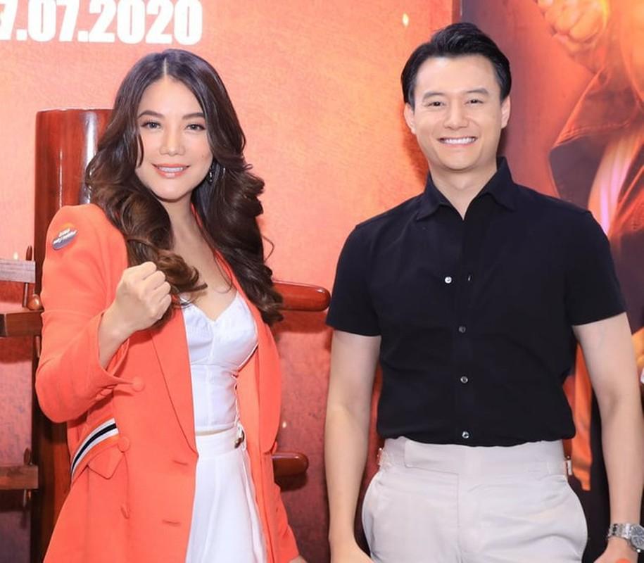Gu thoi trang nam tinh cua ban trai tin don Truong Ngoc Anh-Hinh-3