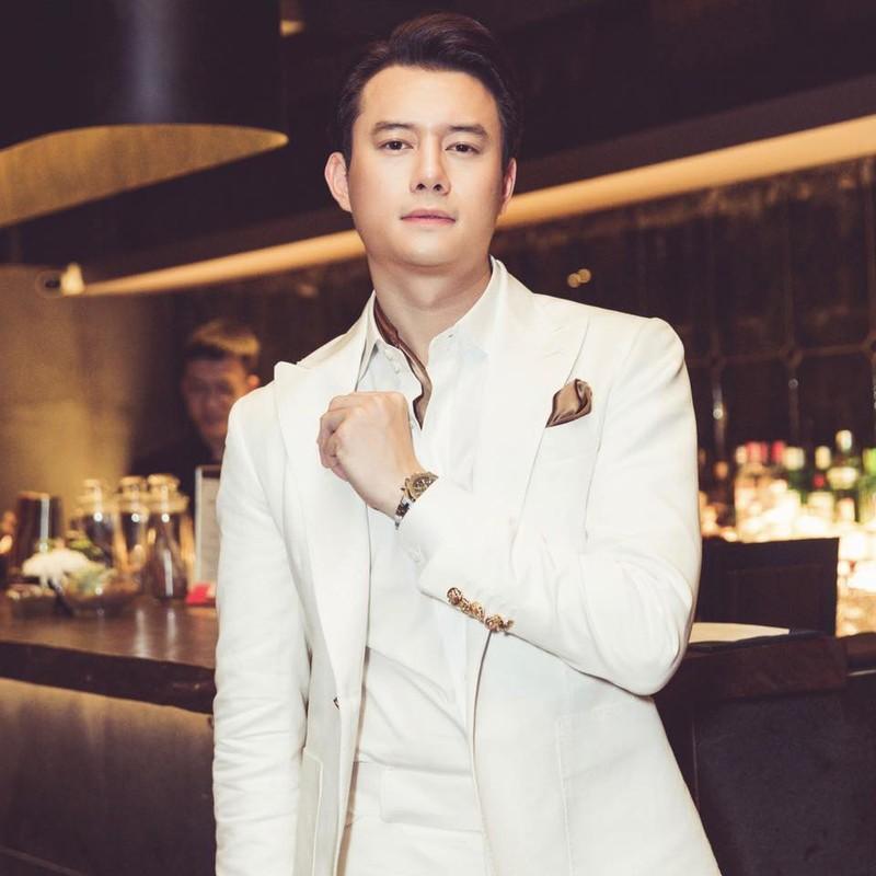Gu thoi trang nam tinh cua ban trai tin don Truong Ngoc Anh-Hinh-6