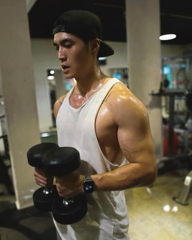 Bi kip giup nguoi tinh tin don cua Ngo Thanh Van so huu body 6 mui-Hinh-5