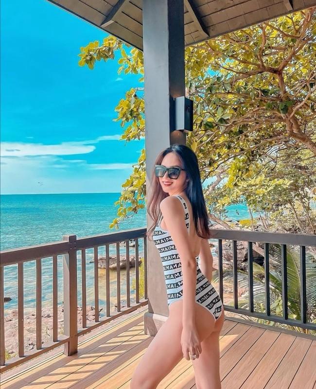 Ngam sao Viet an mac nong bong di du lich dau nam 2021-Hinh-5
