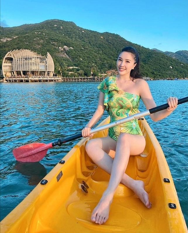 Ngam sao Viet an mac nong bong di du lich dau nam 2021-Hinh-8